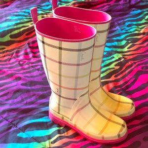 Coach paisley rain boots. Size 7 fits a little big